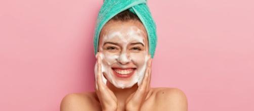 Skincare potencializada com cinco dicas básicas. (Arquivo Blasting News)