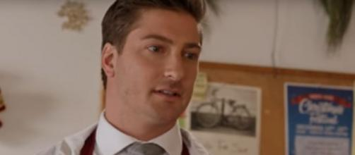 Former 'When Calls the Heart' star, Daniel Lissing, is ready for his cameo return to the drama any time. [Image Source: HallmarkChannel/YouTube]