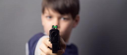 La muerte de niños por disparos accidentales en los Estados Unidos aumentó a causa de la pandemia.