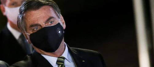 Presidente Jair Bolsonaro desaprova competência de Justiça para decidir sobre vacina. (Agência Brasil)