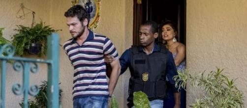 Rubinho será detido em 'A Força do Querer'. (Reprodução/TV Globo)