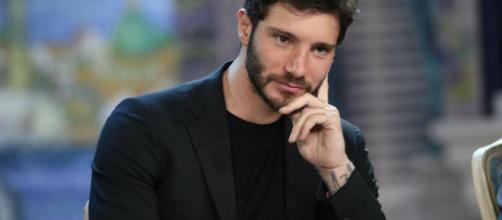 Stefano De Martino: la nuova fiamma sarebbe Mariacarla Boscono, modella 40enne ex di Ghali.