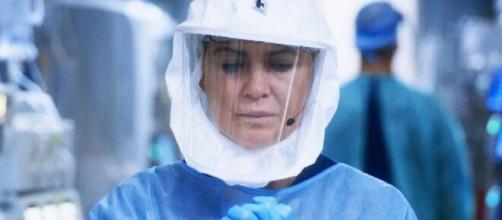 Anticipazioni Grey's Anatomy 17x01: Meredith Grey affronta le conseguenze della pandemia.