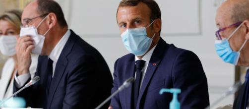 Covid-19 : Emmanuel Macron convoque deux Conseils de défense