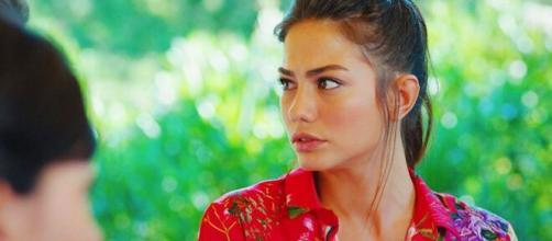 Daydreamer, spoiler turchi: Yigit riuscirà a mettere in crisi la relazione tra Sanem e Can.