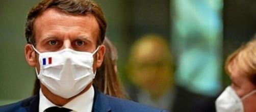 Emmanuel Macron envisageant un reconfinement - capture d'écran Facebook