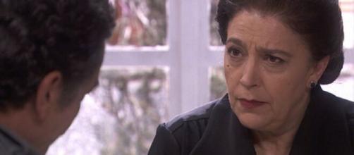 Il segreto, trame Spagna: il capitano Huertas crede che Francisca abbia ucciso Isabel.
