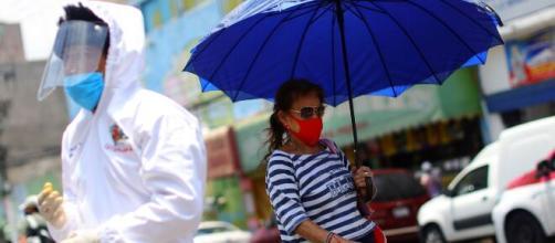 Anuncian nuevas medidas para enfrentar el virus en Nuevo León.