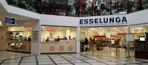Assunzioni Esselunga: selezione per addetti vendita, non è richiesta alcuna esperienza.