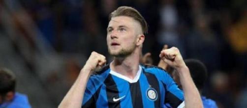 Il Tottenham entro domenica 4 ottobre potrebbe fare una nuova offerta all'Inter per Skriniar.