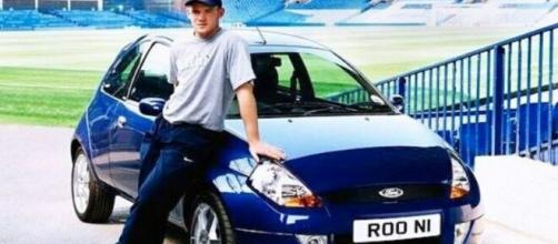 Rooney exibe seu humilde Ford Ka nos tempos de Everton. (Arquivo Blasting News)