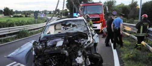 22enne calabrese muore a causa di un incidente stradale. (Foto di repertorio)