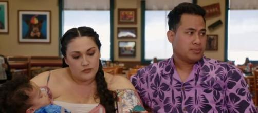 '90 Day Fiancé': Asuelu's mother cautions him to save his relationship with Kalani. [Image Source: TLC/ YouTube]