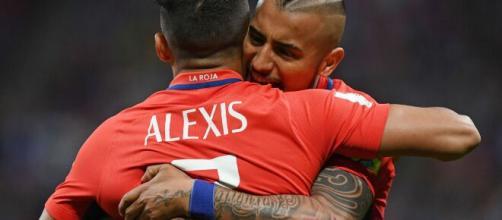 A dupla da Internazionale, Alexis Sanchéz e Arturo Vidal, segue sendo primordial no Chile. (Arquivo Blasting News)