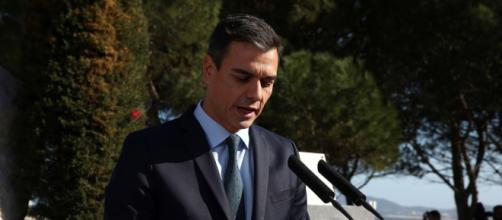 - elespanol.com Pedro Sánchez continuaría de presidente de gobierno de celebrarse hoy elecciones según las últimas encuestas