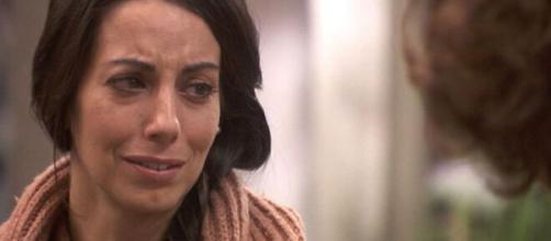 Il segreto, trame Spagna: Manuela crede di essere gravemente malata.