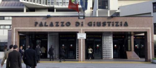 Il tribunale di Napoli nella zona direzionale.