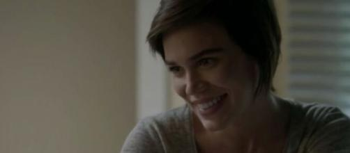 """Leila irá se arrepender de ter julgado Eliza em """"Totalmente Demais"""". (Reprodução/TV Globo)"""
