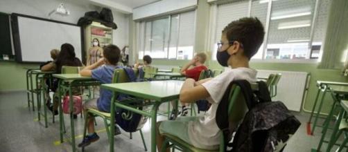 Aumentan los contagios en centros educativos en Murcia