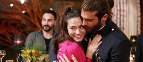 Daydreamer, trame turche: Sanem accetta la proposta di nozze di Can.