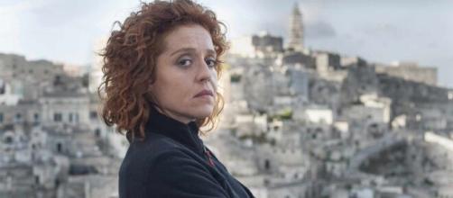 Imma Tataranni - Sostituto procuratore, trama 13 ottobre: Donata viene trovata senza vita.