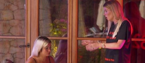 Les Marseillais vs Le Reste du Monde 5 : Jessica Thivenin traitée d'hypocrite envers Carla, elle choque les téléspectateurs.