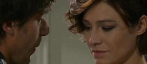 Un posto al sole, anticipazioni al 16 ottobre: Arianna chiama Silvia, Giulia porta avanti il suo piano.