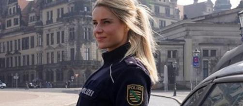 Ancienne policière la plus sexy d'Allemagne elle devient influenceuse Instagram - Photo capture d'écran Facebook