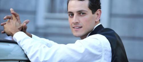 Emanuel Caserio, attore de Il Paradiso delle Signore.
