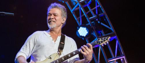 Guitarrista Eddie Van Halen lutava contra um câncer. (Arquivo Blasting News)