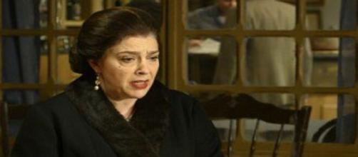 Il segreto, spoiler Spagna: Eulalia Castro fa incendiare le tenute di Francisca.