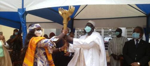 Le Minjec Mounouna Foutsou et la présidende du CNJC Iyawa Ousmanou (c) Minjec