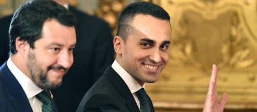 Sondaggio Noto: la maggioranza degli italiani boccia il reddito di cittadinanza.