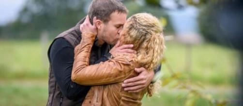 Tempesta d'amore, trame tedesche: Franzi lascia Steffen per Tim.