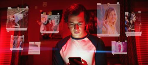 Documentário da Netflix, 'O Dilema das Redes' fala sobre os perigos da internet e das redes sociais. (Reprodução/Netflix)