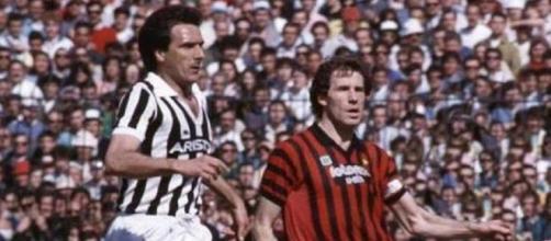 Gaetano Scirea e Franco Baresi tra gli italiani in nomination per il Pallone d'oro dream team.