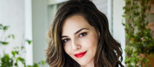 Tainá Müller está fazendo sucesso com a série 'Bom dia, Vêronica'. (Arquivo Blasting News)