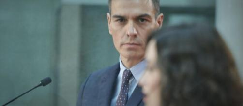 Díaz Ayuso rpide tiempo de reacción a con Pedro Sánchez