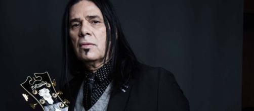 O cantor Pepeu Gomes tem grandes sucessos que foram temas de novelas, como em 'Roque Santeiro' e 'Mulheres de Areia'. (Arquivo Blasting News)