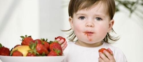 Alguns alimentos devem ser evitados por crianças. (Arquivo Blasting News)