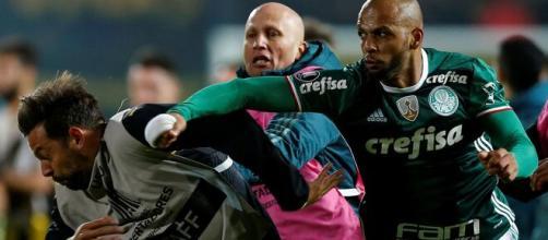 Felipe Melo sofreu com grave lesão e só volta em 2021. (Arquivo Blasting News)