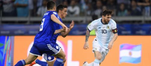 Argentina e Paraguai se enfrentam pela terceira rodada das Eliminatórias. (Arquivo Blasting News)