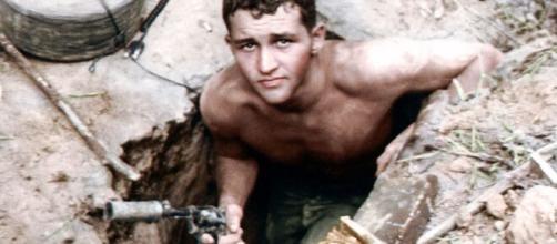 Tarefa Perigosa: 'Tunnel Rat' na Guerra do Vietnã. (Reprodução/Wikimedia)