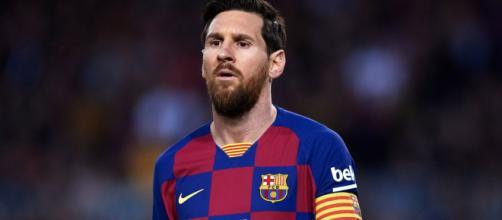 Com o Barcelona, Messi brilha, enquanto que pela Argentina nem tanto. (Arquivo Blasting News)