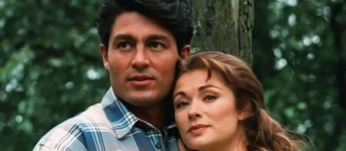 Fernando Colunga e Letícia Calderón eram os protagonistas. (Reprodução/Televisa)