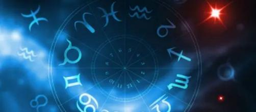Previsioni oroscopo per la giornata di lunedì 16 novembre 2020
