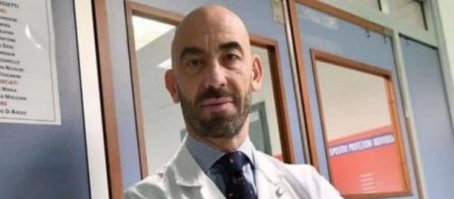 Lutto per Matteo Bassetti, muore la madre: 'Ciao mamma, proteggici da lassù'.
