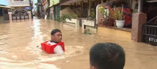 At least 42 killed after Typhoon Vamco batters Philippines. [Image source/Al Jazeera English YouTube video]