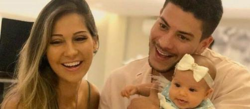 Mayra Cardi já admitiu ter consumido sua placenta. (Arquivo Blasting News)