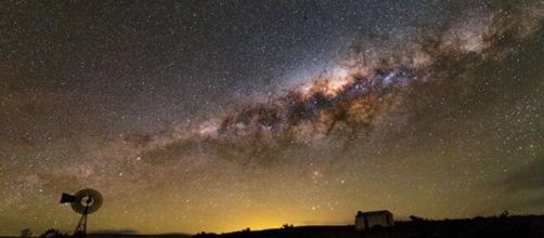 Oroscopo e previsioni astrologiche del 17 novembre: Cancro stressato, Leone esuberante.